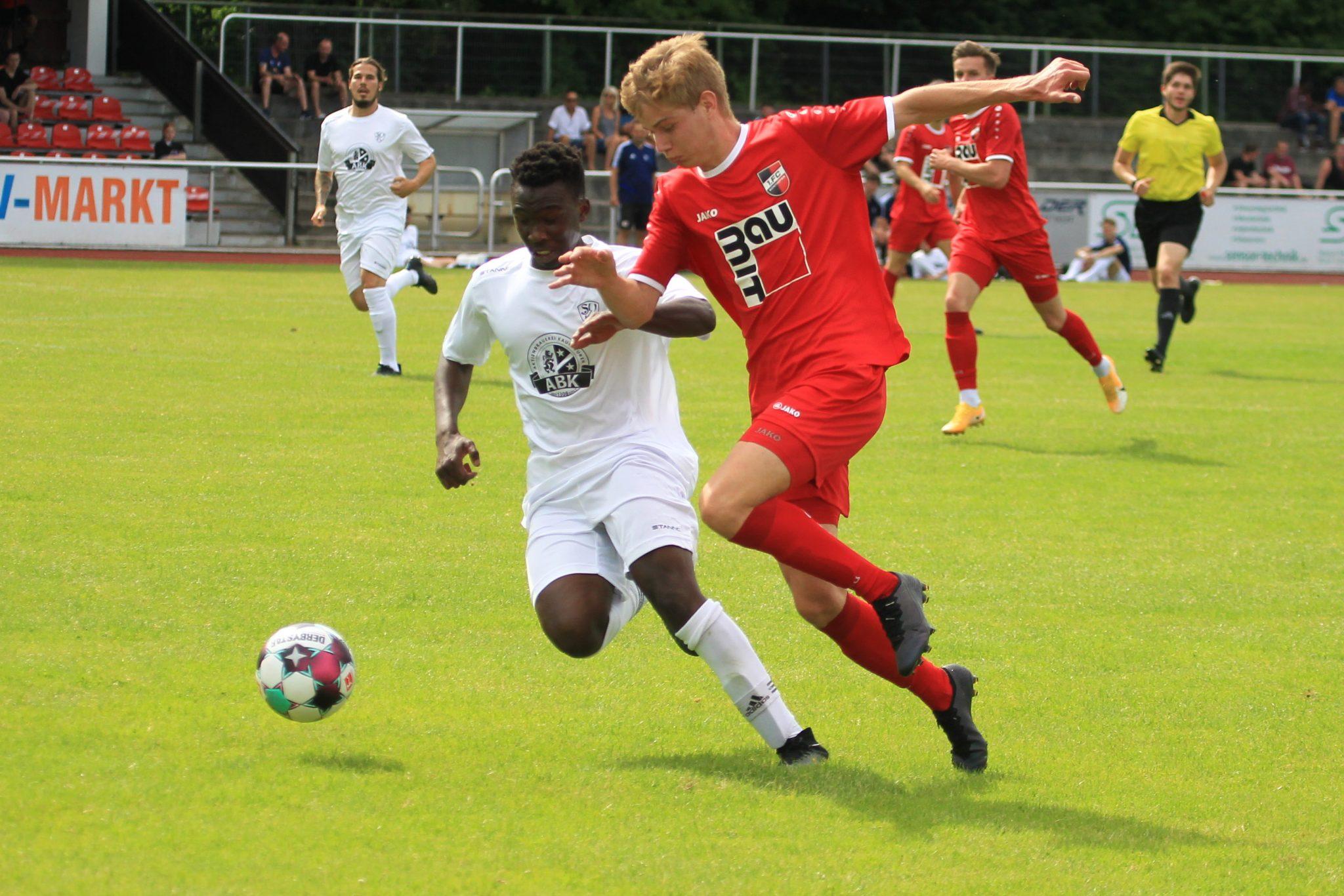 SpVgg Kaufbeuren – 1.FC Sonthofen 2:2 (0:1)