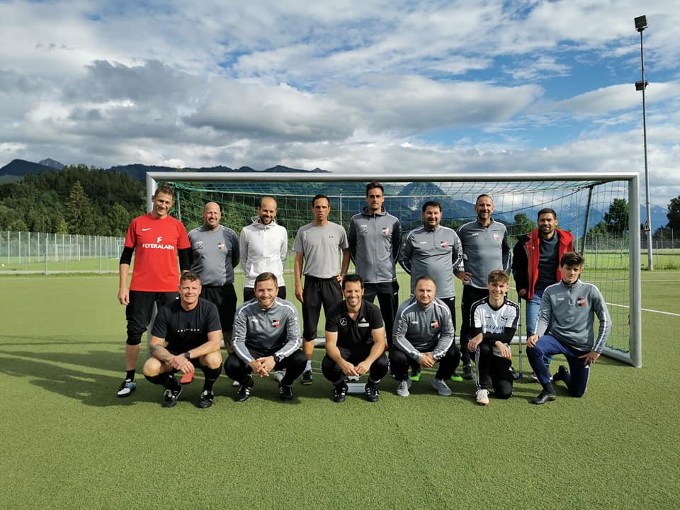 Dezentrale Trainer-Ausbildung für den Trainer-C, Profil Kinder und Jugend vom BFV  beim 1.FC Sonthofen!