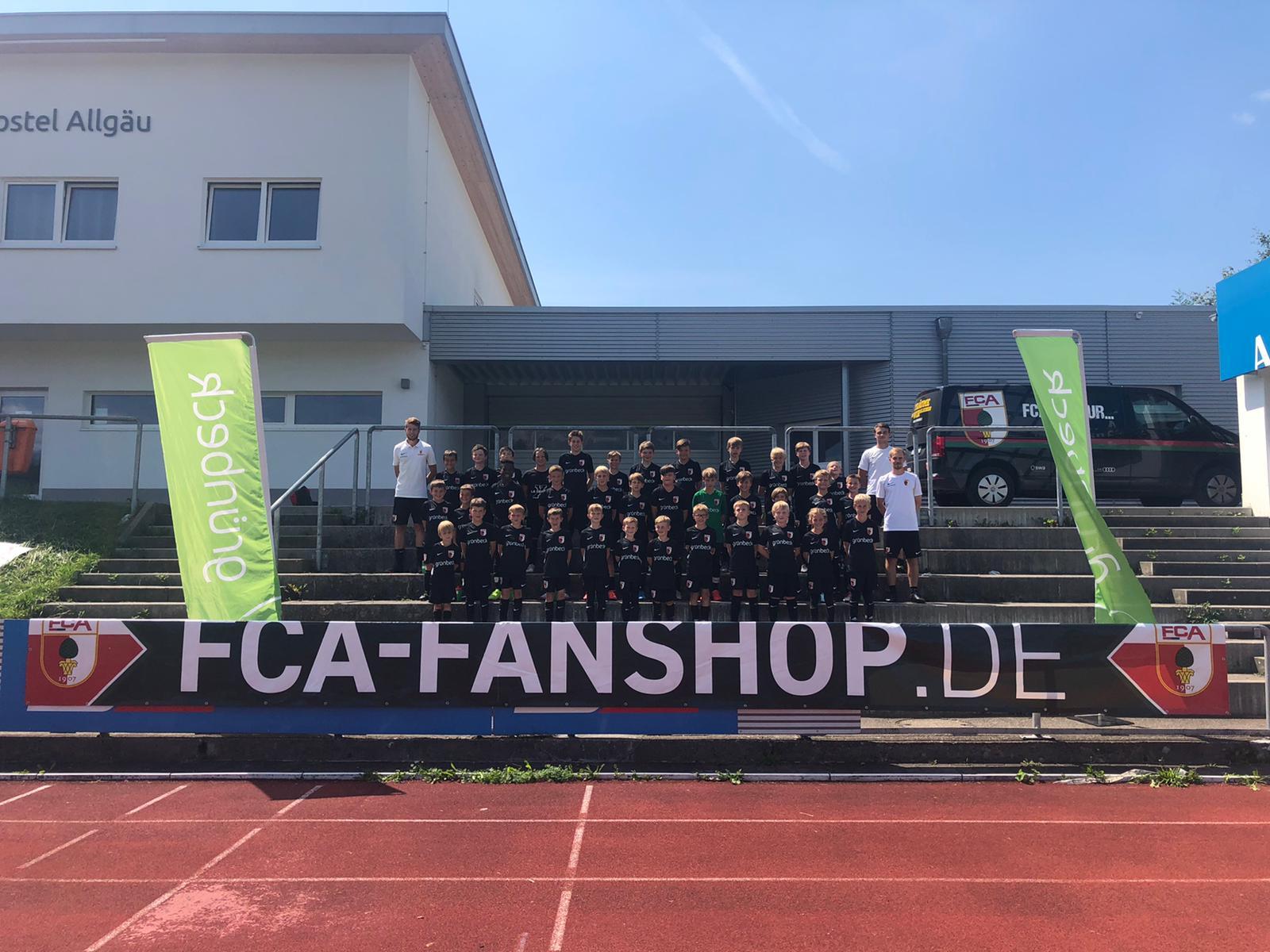 Fussballcamp 2021 bei Kaiserwetter und einem Überraschungsgast per Videokonferenz